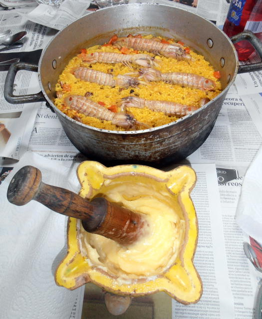 arroz con galeras y allioli