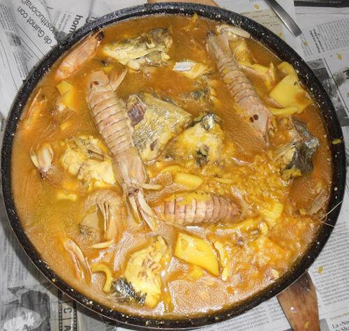 arroz caldoso con galeras y sepia